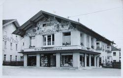 1929 - das Haus wird vergrößert